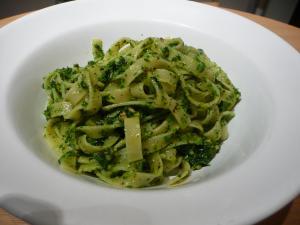 Tagliatelle with parsley and walnut pesto