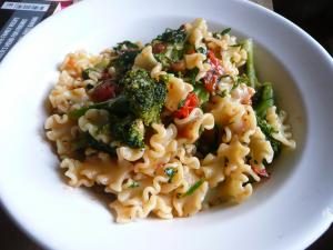 Pasta with broccoli, anchovy and chilli